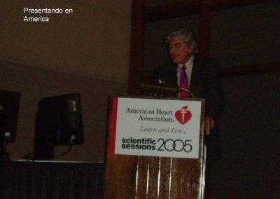 Doctor Suárez en el Americant Heart en el año 2005