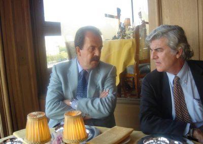 Dr Suárez con el Dr Medina en París 2006